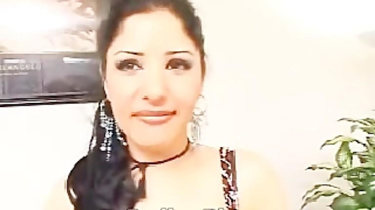 Hot Pakistani Wife Paroo   Best babe, desi, hd, india